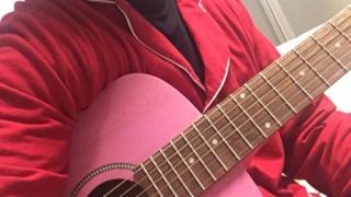 カリンバ弾きます。